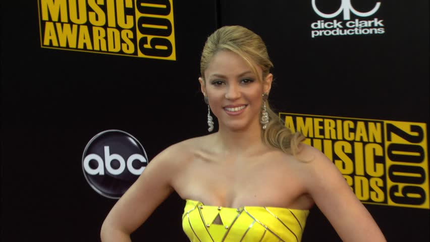 Los Angeles, CA - NOVEMBER 22, 2009: Shakira, walks the red carpet at the American Music Awards 2009 held at the Nokia Theatre