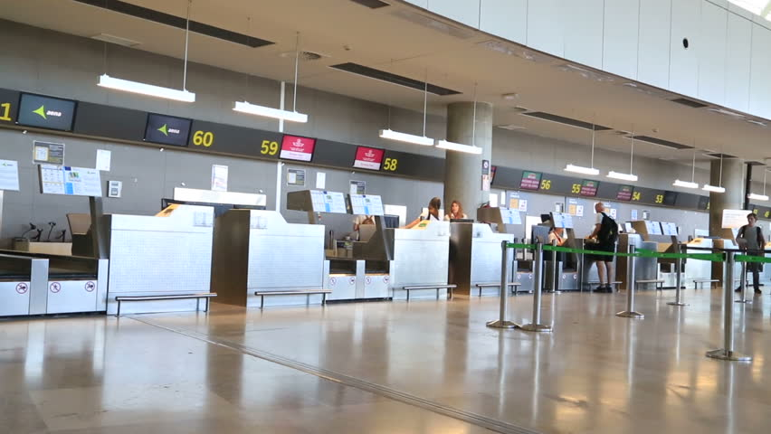 Valencia Airport Inside View Valencia Stock Footage Video (100%  Royalty-free) 31077622 | Shutterstock