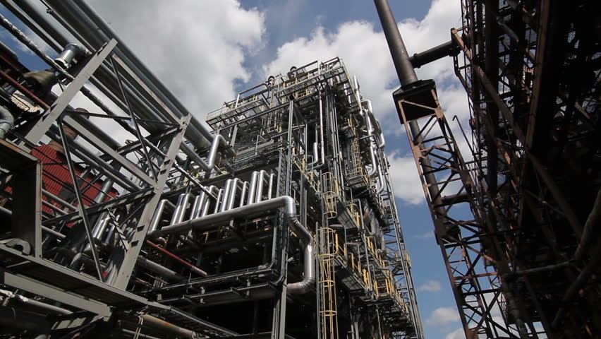 complex engineering constructions at the oil refinery