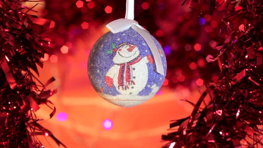 christmas ball toy зурган илэрцүүд