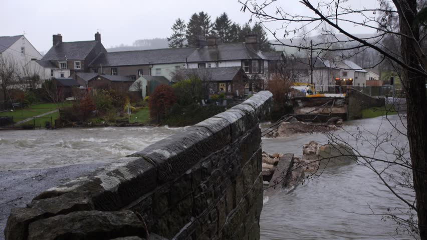 Dramatic flood footage of the Lake District floods in 2015, Cumbria
