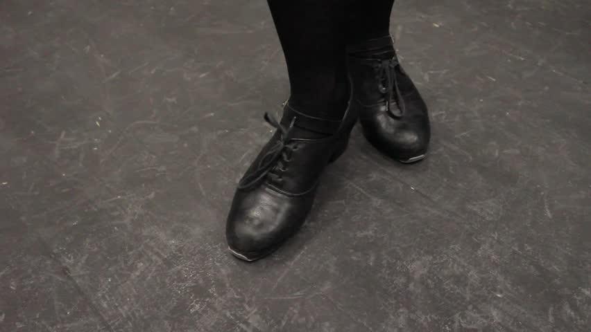 Dance 1 / Rhythmic dance steps. Shot taken with the Canon 550D. HD 1920 X 1080.