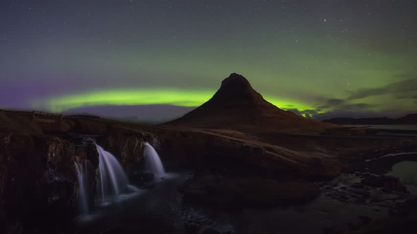 Kirkjufellsfoss Aurora Borealis Cinemagraph | Shutterstock HD Video #33559462