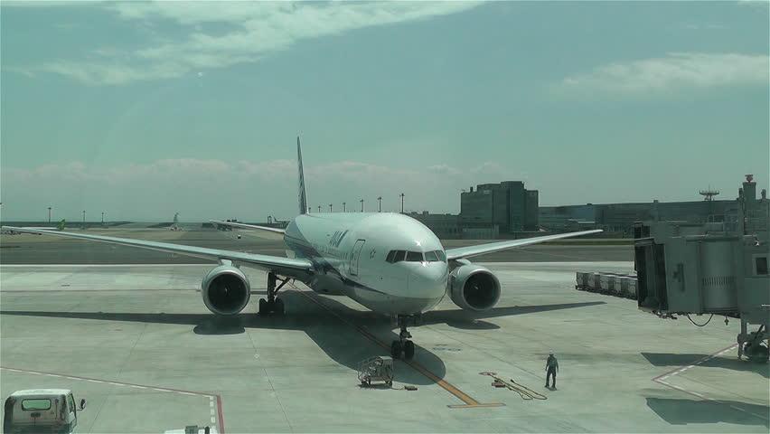 LOS ANGELES CALIFORNIA USA JAN Jet Airplane Volaris - Biggest airport in usa
