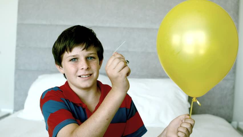Мальчик трахает спясщую видео фото 18-314