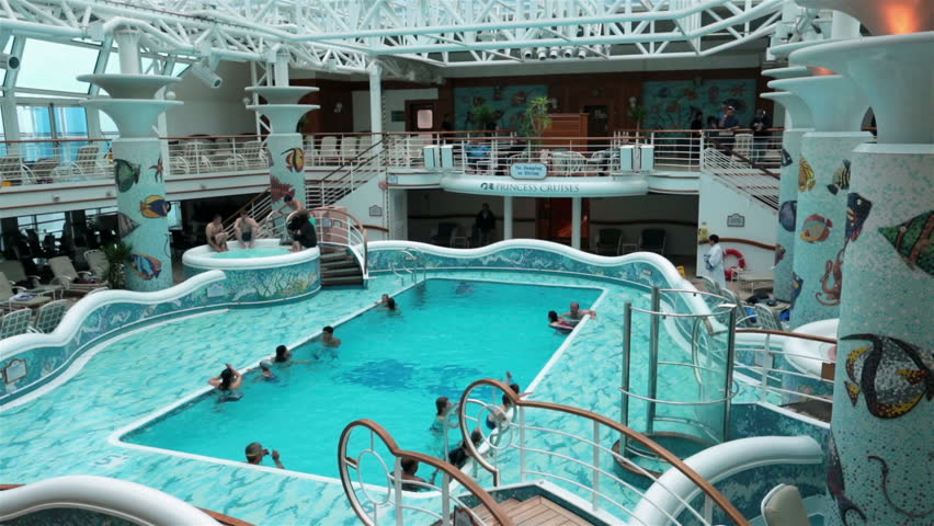 29 Luxurius Improving: PACIFIC OCEAN, ALASKA MAY 2013: Cruise Industry Making