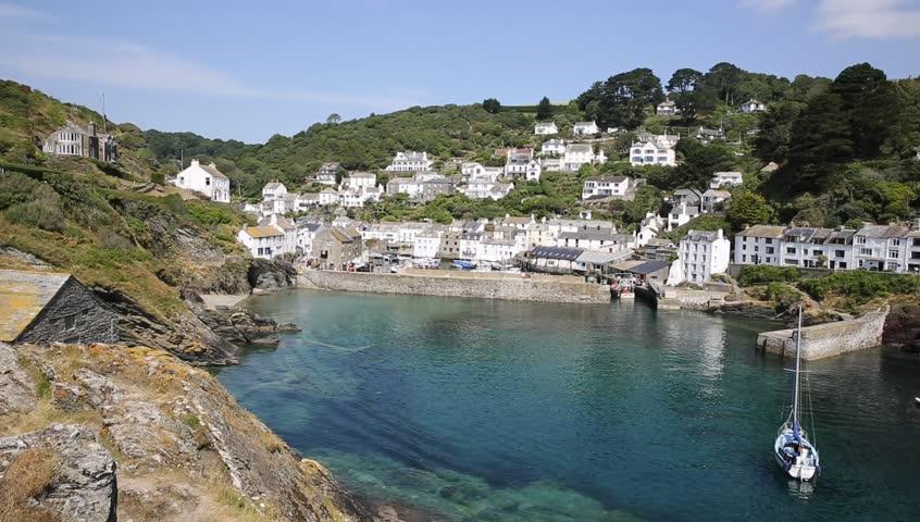 Polperro harbour Cornwall England UK.  Beautiful Cornish fishing port.