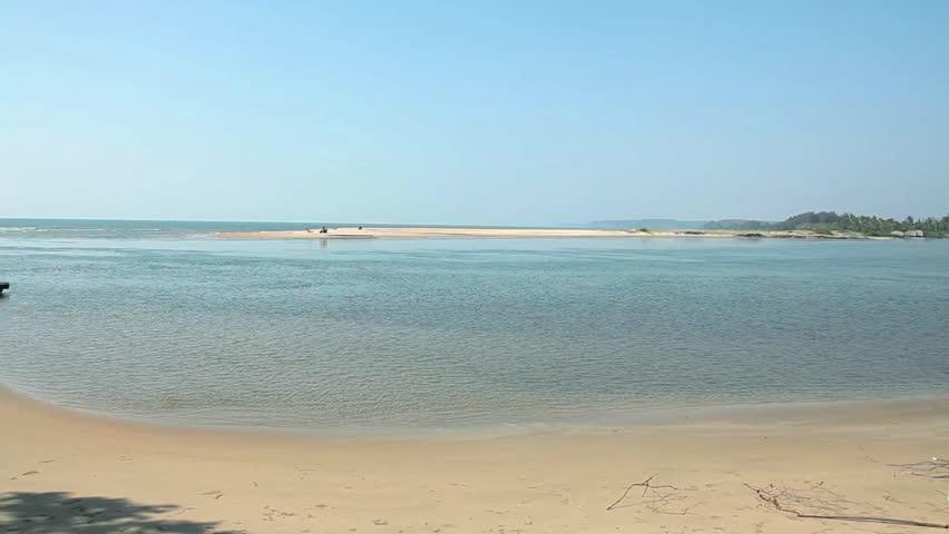 Top View On Goa Beach Vidéos de stock (100 % libres de droit) 4575062 | Shutterstock