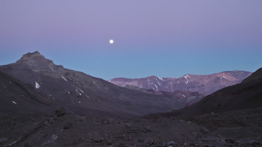 Aconcagua Time Lapse - Moon rising at Plaza Argentina