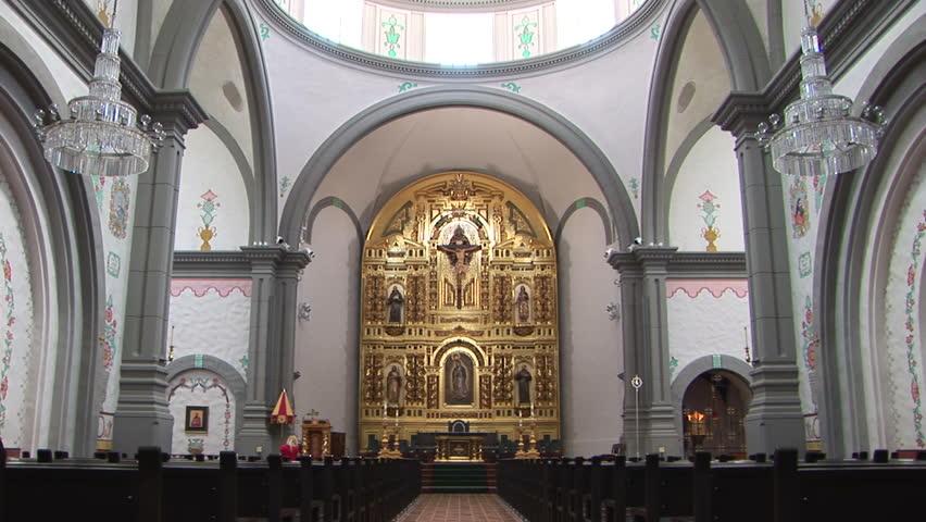 Header of retablo