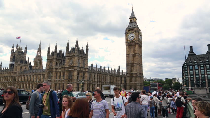 London 2017 march united kingdom tourists visiting the city of london crowding the banks of - Office du tourisme london ...