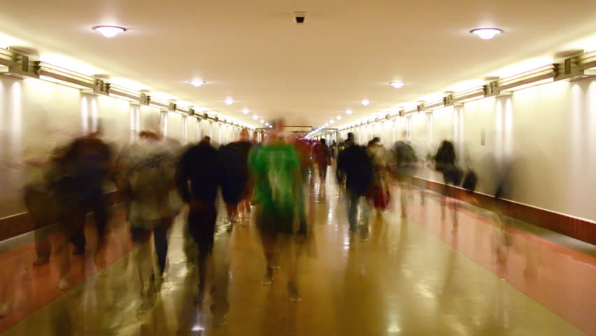 4K Time Lapse of Union Station Hallway with Commuters in Motion Blur -Close Up-