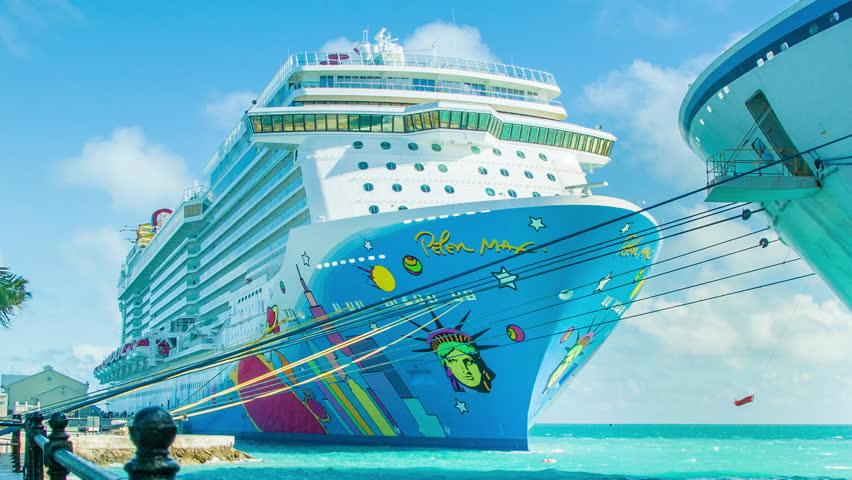 BERMUDA OCTOBER The Norwegian Breakaway Cruise Ship - Cruise ship bermuda