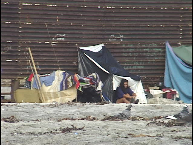 Poverty in Mexico, handheld