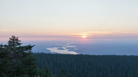 Time Lapse Movie of Moving Clouds and Blue Sky at Sunset with view of Columbia River Gorge between Oregon and Washington States from Larch Mountain in Portland OR 1020x1080