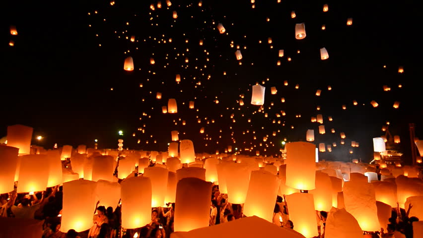 SANSAI, CHIANGMAI, THAILAND - OCT 25: Yee Peng Festival, Loy Krathong celebration with more than a thousand floating lanterns in Chiangmai, Thailand on October 25, 2014 | Shutterstock HD Video #7708702