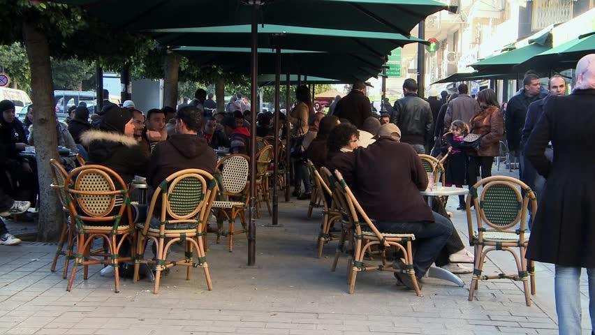 Resultado de imagem para CAFES AT HABIB BOURGUIBA