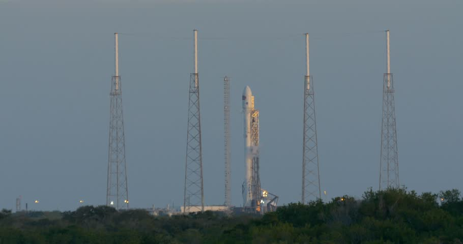 cape canaverval air force station fl february 10 spacex attempts to launch the