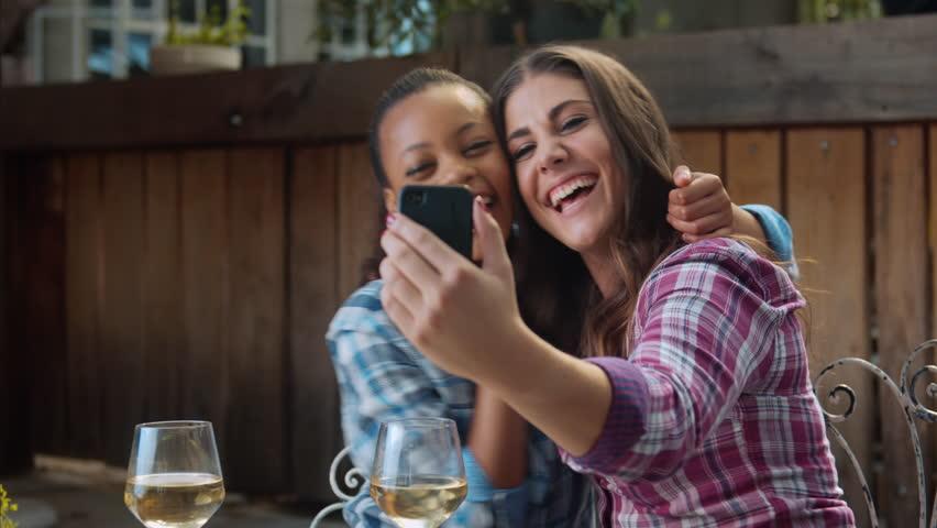 Видео лесби смотреть с телефона — img 9